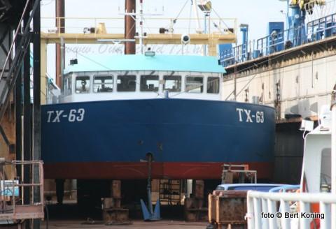 Deze week lag de Verwachting van Lenger Seafoods BV in dok voor onderhoud aan de schroefasafdichting, nieuwe zinkanodes en een 'knip en scheerbeurt'. Voorlopig is de TX 63, met als schipper Dirk Schagen, even de laatste dokking. Daar momenteel eerst onderhoud aan de dokvloer plaatsvindt. Inmiddels 'groeit' de Lengervloot van schelpenvissers gestaag in de Oudeschilder haven.