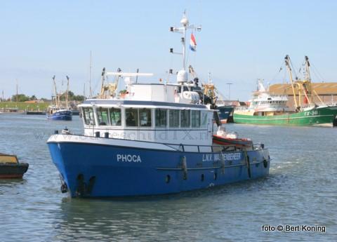 Donderdagmorgen even na 10.00 uur melde de schipper van het tweemaster zeiljacht de Witte Raaf brand in de machinekamer. Het 16 meter lange jacht met 1 opvarende en een hond bevond zich op dat moment in het Visjagergaatje nabij Den Oever. Zowel de KNRM Den Oever als Den Helder kwamen te hulp. Ook verleende de Phoca van Texel, WR 54 en de WR 111 assistentie. Rond 11.00 uur was de brandt onder controle en had de schipper en de hond inmiddels het jacht verlaten.