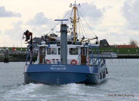 De afgelopen dagen lag de Wieringen 10 van Prins & Dingemanse uit Den Oever in het Oudeschilder dok. De WR 10 was naar Texel gekomen voor een reparatie aan het roer.