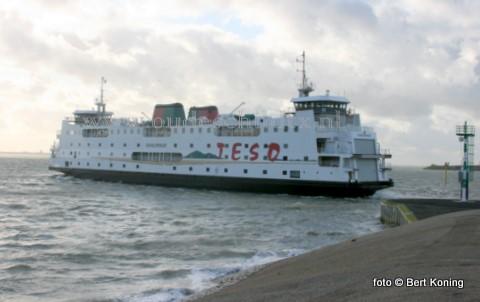 De veerdienst TESO, tussen Texel en Den Helder, met de Schulpengat is zaterdag van 12.30 tot 15.00 uur tijdelijk gestremd door de lage waterstand bij oosten wind.