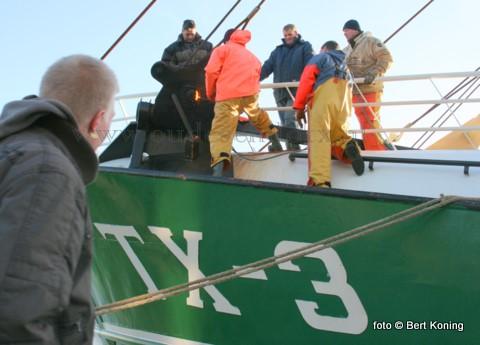 Woensdagmorgen keerde de TX 3 Biem Jan voor een korte reparatie even terug naar Texel. De TX 3 had tijdens zijn eerste week met de Sumwings de pech dat de lijn in het blok op de bak was vastgelopen. Na het herstel alhier vertrok men s' middags weer naar zee.