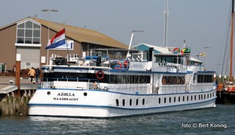 Met het mooie weer van de afgelopen bezochten diversen passagiersschepen weer de haven van Oudeschild. Woensdag meerde de 'Azolla' van Feenstra Rijn Lijn uit Maasbracht af aan de kade, terwijl donderdag de 'Swiss Ruby' uit het Zwitserse Basel Texel bezocht. Na een rondrit verliet men weer het eiland.