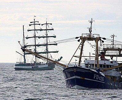 Vrijdagmiddag rond 17.00 uur vond een aanvaring plaats tussen het Duitse tallship 'Alexander von Humboldt' en de kotter PD 126 'Andrea' bewesten Vlieland. Ondanks de inzet van de KNRM van Vlieland en Terschelling bleek deze niet nodig. Er was slechts lichte schade en gelukkig geen gewonden. De PD 126 kon zijn vistocht gewoon vervolgen. Terwijl het tallship zijn reis naar Bremerhaven vervolgde.